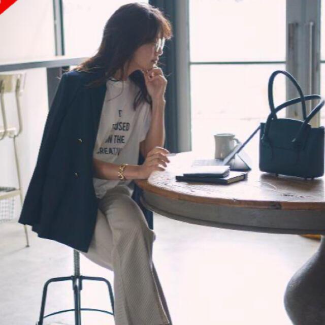 Mila Owen(ミラオーウェン)のMila Owen♡金釦ダブルブレザー レディースのジャケット/アウター(テーラードジャケット)の商品写真