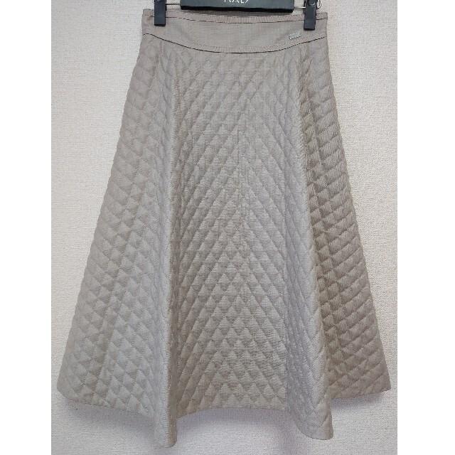 FOXEY(フォクシー)のエブリン様専用◎キルティングスカート◎CROSS FLARE◎人気定番 レディースのスカート(ひざ丈スカート)の商品写真