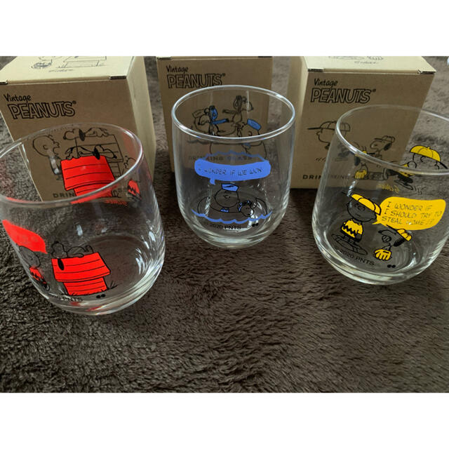 SNOOPY(スヌーピー)のスヌーピー  グラス3点セット インテリア/住まい/日用品のキッチン/食器(グラス/カップ)の商品写真