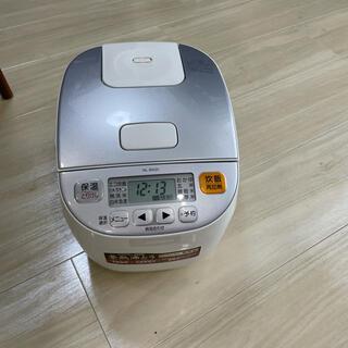 ゾウジルシ(象印)のNL-BA05 象印 炊飯器(炊飯器)