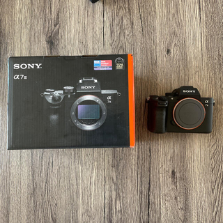 SONY - SONY α7iii フルサイズミラーレスカメラ