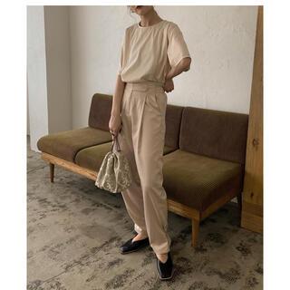 カスタネ(Kastane)のAmiur     high waist belt satin pants(カジュアルパンツ)