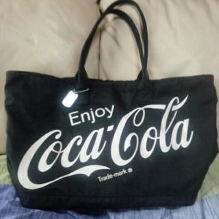 コカコーラ(コカ・コーラ)のCoca-Colaバッグ&銀モノアクセ2個(ボストンバッグ)