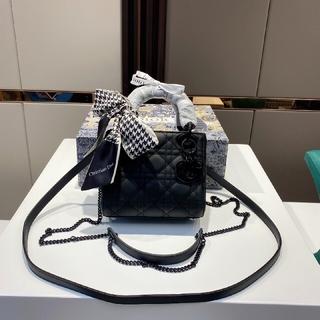 ディオール(Dior)の4色 Dior  ♥ ショルダーバッグ ♥ レディース(その他)