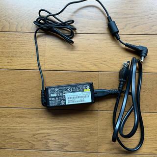 フジツウ(富士通)のFUJITSU FMV−LIFEBOOK UH FMVU90D2B アダプター(PC周辺機器)