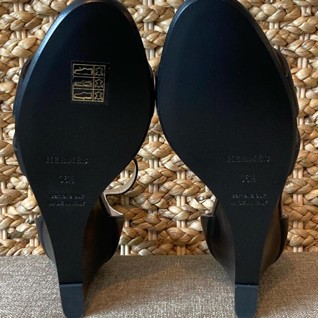 Hermes(エルメス)の【本物・新品同様】エルメス HERMES レジェンド ノワール 36 1/2 レディースの靴/シューズ(サンダル)の商品写真
