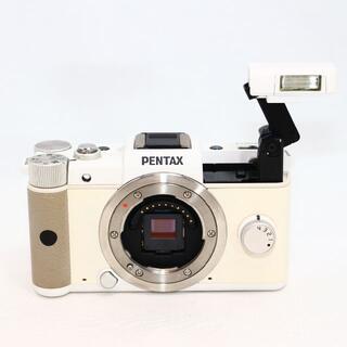 ペンタックス(PENTAX)の★ケース付★ PENTAX Q ホワイト ボディ(ミラーレス一眼)