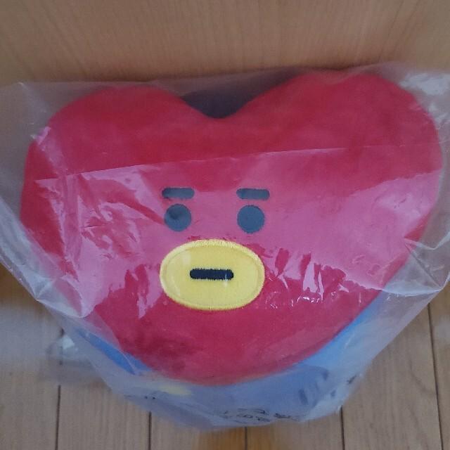 防弾少年団(BTS)(ボウダンショウネンダン)のBT21 TATA ファミマ一番くじ 枕 ぬいぐるみ エンタメ/ホビーのCD(K-POP/アジア)の商品写真