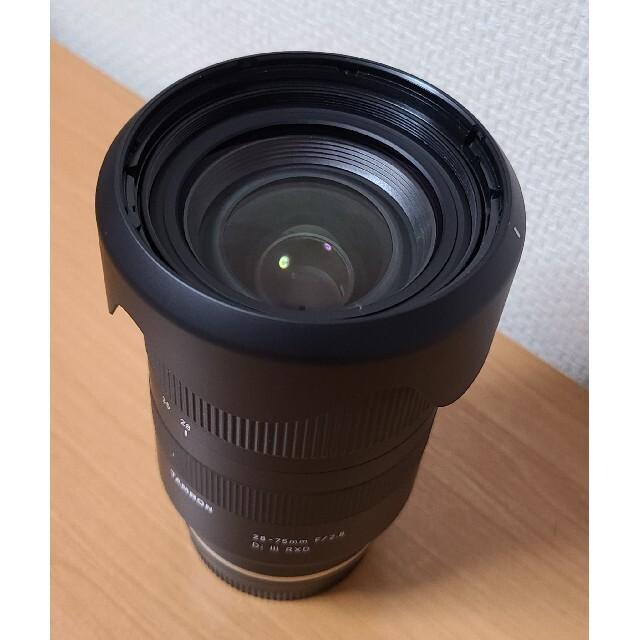 TAMRON(タムロン)のTAMRON レンズ28-75F2.8 DI3 RXD ソニーEマウント スマホ/家電/カメラのカメラ(レンズ(ズーム))の商品写真
