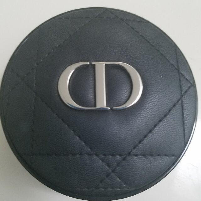 Dior(ディオール)のDior ディオールスキン フォーエヴァークッション 2N コスメ/美容のベースメイク/化粧品(ファンデーション)の商品写真
