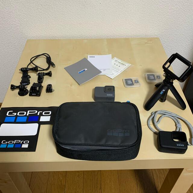 GoPro(ゴープロ)のGoPro HERO7 SILVER スマホ/家電/カメラのカメラ(コンパクトデジタルカメラ)の商品写真