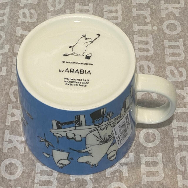 ARABIA(アラビア)の【激レア品】K-Citymarket 50周年moomin 限定マグカップ 青 インテリア/住まい/日用品のキッチン/食器(グラス/カップ)の商品写真