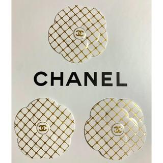 シャネル(CHANEL)のCHANEL カメリア ステッカー ホワイト×ゴールド 3枚(ラッピング/包装)