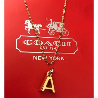 コーチ(COACH)のコーチcoach ゴールドメッキ立体Aの字チャーム+ネックレスチェーン(チャーム)