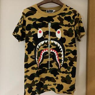 アベイシングエイプ(A BATHING APE)のBATHING APE tシャツ イエローカモ(Tシャツ/カットソー(半袖/袖なし))