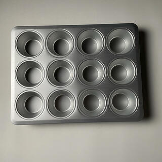 イケア(IKEA)の【IKEA】ケーキカップ マフィン型 12個取(調理道具/製菓道具)
