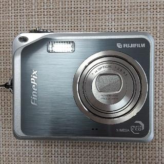 フジフイルム(富士フイルム)のデジカメ  FUJIFILM FinPix V10(コンパクトデジタルカメラ)