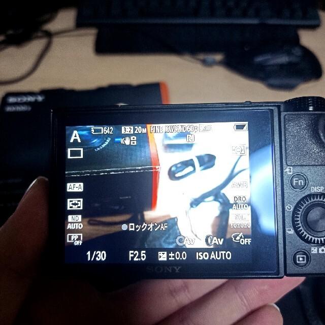 SONY(ソニー)のSONY Cyber−Shot RX DSC-RX100M5 スマホ/家電/カメラのカメラ(コンパクトデジタルカメラ)の商品写真