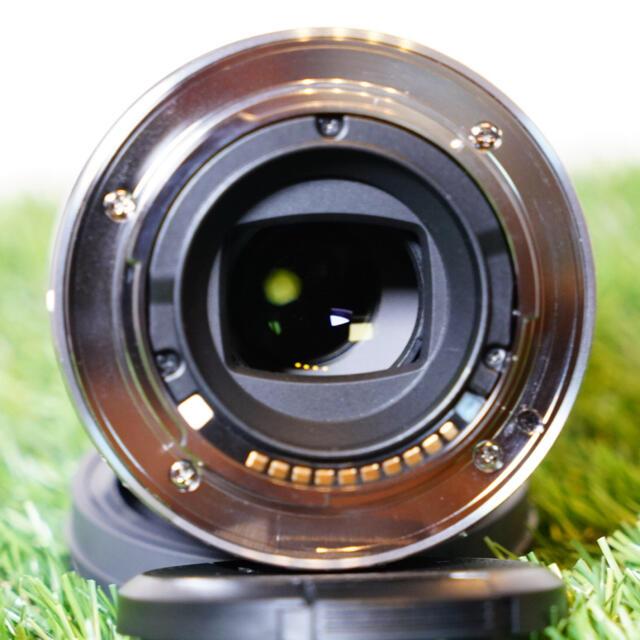 SONY(ソニー)のSEL30M35  ソニー Eマウント マクロレンズ スマホ/家電/カメラのカメラ(レンズ(単焦点))の商品写真
