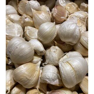 青森県産 福地ホワイト6片ニンニク3kg にんにく バラ(野菜)