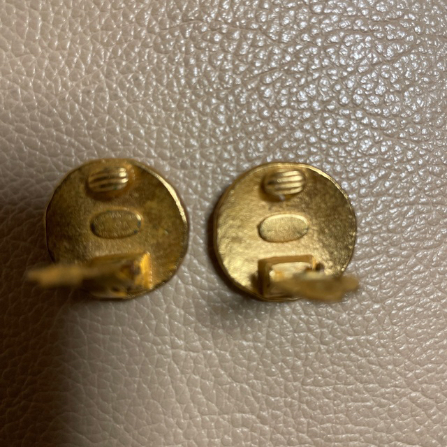 CHANEL(シャネル)のシャネル イヤリング ゴールド レディースのアクセサリー(イヤリング)の商品写真