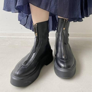 L'Appartement DEUXIEME CLASSE - 【THE ROW/ザ ロウ】ZIPPED BOOT
