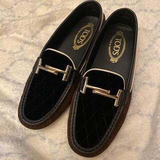 トッズ(TOD'S)のトッズ(ローファー/革靴)