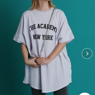 ブージュルード(Bou Jeloud)のブージュルード LUPILIENカレッジロゴtシャツ(Tシャツ(半袖/袖なし))