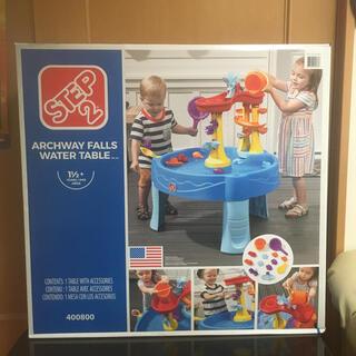 コストコ(コストコ)のウォーターテーブルARCHWAY FALLS WATER TABLE STEP2(知育玩具)
