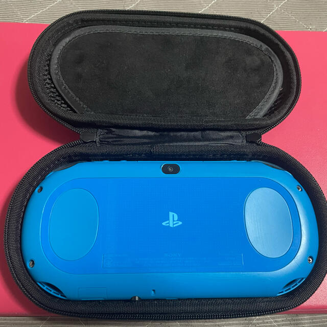 PlayStation Vita(プレイステーションヴィータ)のvita アクアブルー 5 エンタメ/ホビーのゲームソフト/ゲーム機本体(携帯用ゲーム機本体)の商品写真