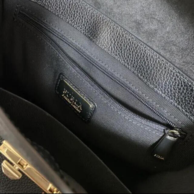 Furla(フルラ)のFURLA ハンドバッグ 黒 レディースのバッグ(ハンドバッグ)の商品写真