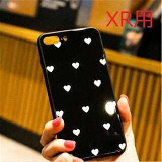 【iPhoneXR用】ブラックケースに白ドットハート柄