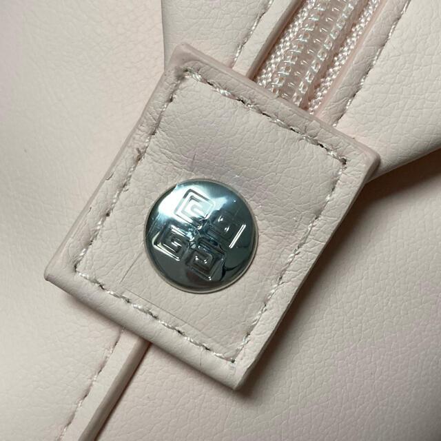 GIVENCHY(ジバンシィ)の未使用 ジバンシー ポーチ レディースのファッション小物(ポーチ)の商品写真