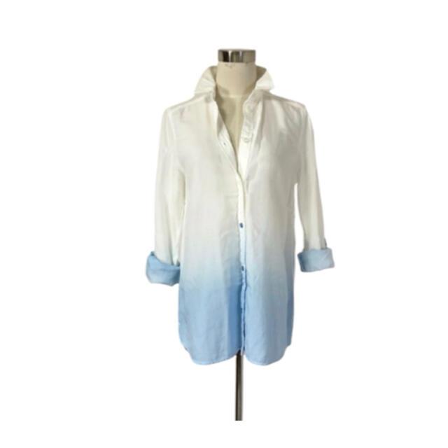 空色グラデーション 柔らかとろみ快適素材 リヨセルシャツ レディースのトップス(シャツ/ブラウス(長袖/七分))の商品写真