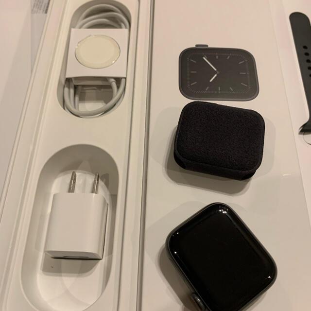 Apple Watch(アップルウォッチ)のAppleCare+ アップルウォッチ 5 Space Gray 40 セルラー スマホ/家電/カメラのスマートフォン/携帯電話(その他)の商品写真