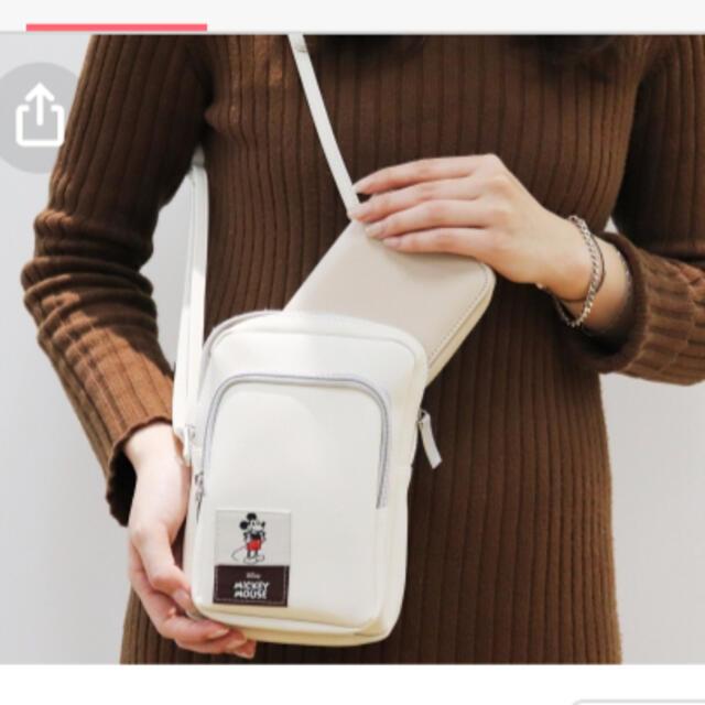 Disney(ディズニー)のインレッド付録ミッキーマウス レディースのバッグ(ショルダーバッグ)の商品写真