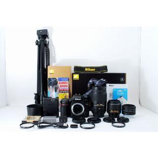 ニコン(Nikon)の1077 Nikon D7500 手振れ補正ダブルと単焦点セット!(デジタル一眼)
