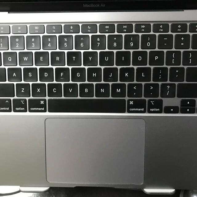 Mac (Apple)(マック)のM1 MacBook Air 512GB SSD メモリ16GB USキーボード スマホ/家電/カメラのPC/タブレット(ノートPC)の商品写真