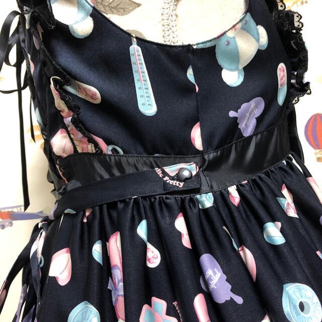 Angelic Pretty(アンジェリックプリティー)のAngelic pretty fancy hospital ジャンパースカート黒 レディースのワンピース(ひざ丈ワンピース)の商品写真