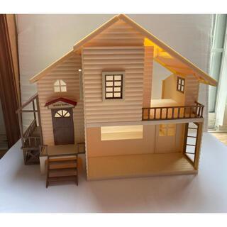 EPOCH - *お人形はオマケ*小売も可能\\シルバニア 赤い屋根の大きなお家