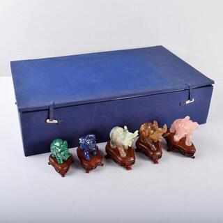 中国 玉石彫刻 象 置物 唐木台付 五点 D R3896B(彫刻/オブジェ)