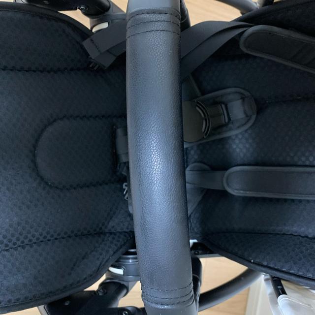 AIRBUGGY(エアバギー)のrinta様専用ページ bugaboo bee6 ブラックフレーム×ホワイト キッズ/ベビー/マタニティの外出/移動用品(ベビーカー/バギー)の商品写真