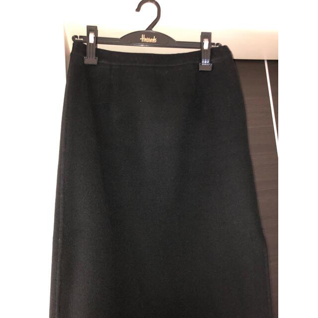 Harrods(ハロッズ)のハロッズ  Harrods カシミヤ100%黒スカート レディースのスカート(ひざ丈スカート)の商品写真
