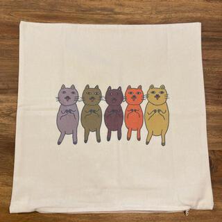 マリメッコ(marimekko)の新品未使用 クッションカバー 45cm 猫 ネコ(クッションカバー)
