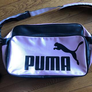 プーマ(PUMA)のプーマ スポーツバッグ エナメルバッグ ピンク(ショルダーバッグ)