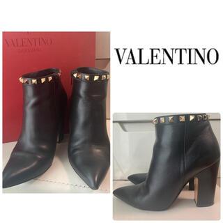 VALENTINO - VALENTINO ブラックレザー ブーツ