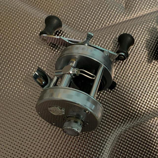 galcia(ガルシア)のアンバサダー2500C  スポーツ/アウトドアのフィッシング(リール)の商品写真