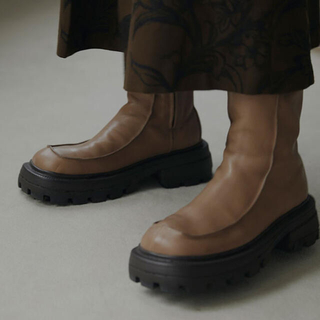 アメリヴィンテージ(Ameri VINTAGE)のSHARK SOLE SQUARE BOOTS (ブーツ)