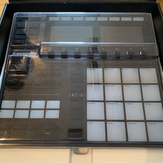 MASCHINE MK3 (専用カバー付き)(MIDIコントローラー)