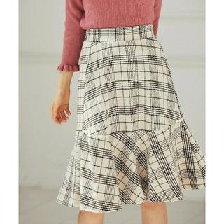 トッコ(tocco)のtoccoclosetパール付きチェック柄ペプラムスカート(ミニスカート)